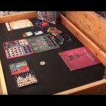 DIY (vidéo en anglais) comment convertir sa table en table de gamer