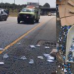 Gus & Co: Accident de camion… contenant 216 000 dés