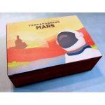 Une boite de rangement en bois pour Terraforming Mars