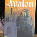 [Test] Avalon – 2nde Edition -. Un Loups Garous killer arthurien dans la famille du jeu Résistance